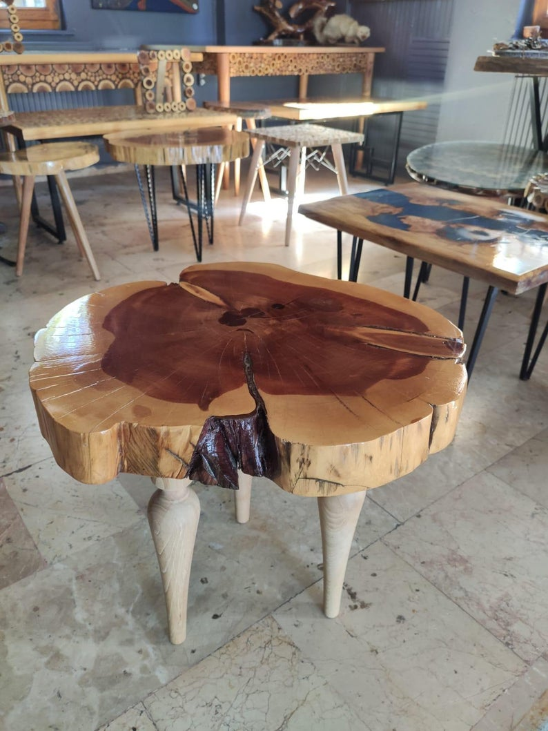 Natural Wood Sliced End Table Coffee Table Night Stand Cedar Slab Table Wood Cookie Table Cake Stand Coffee Table Wood Slices Wood Cookies [ 1059 x 794 Pixel ]