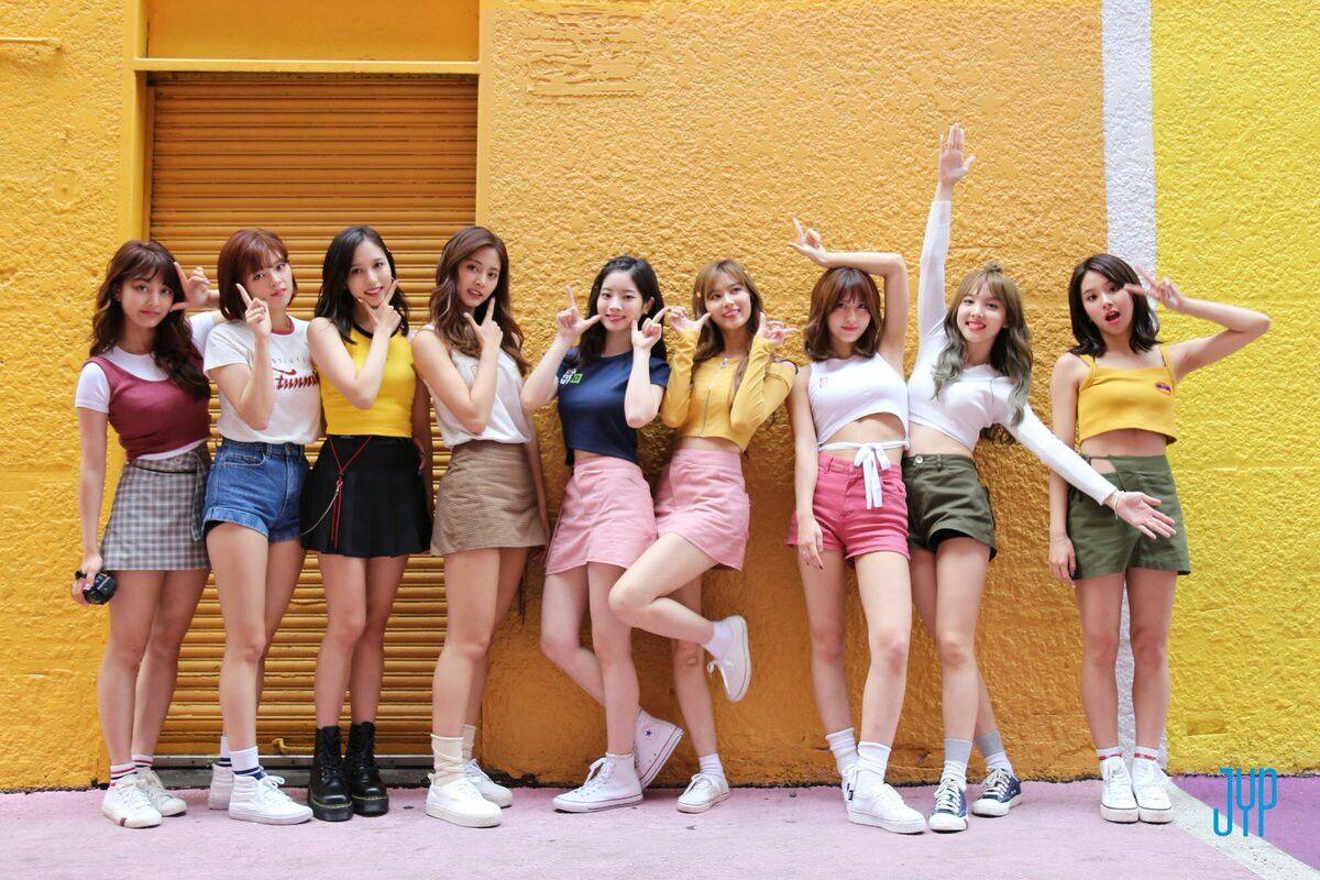 Likey October 30,2017 | Twice em 2019 | Kpop, Nayeon e Dahyun