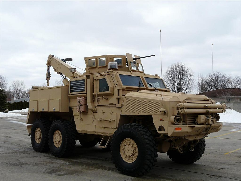 6x6 armored car concept - photo #5