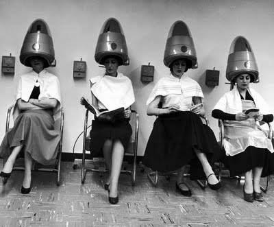 tortura en la peluqueria