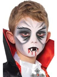 maquillage halloween vampire garcon