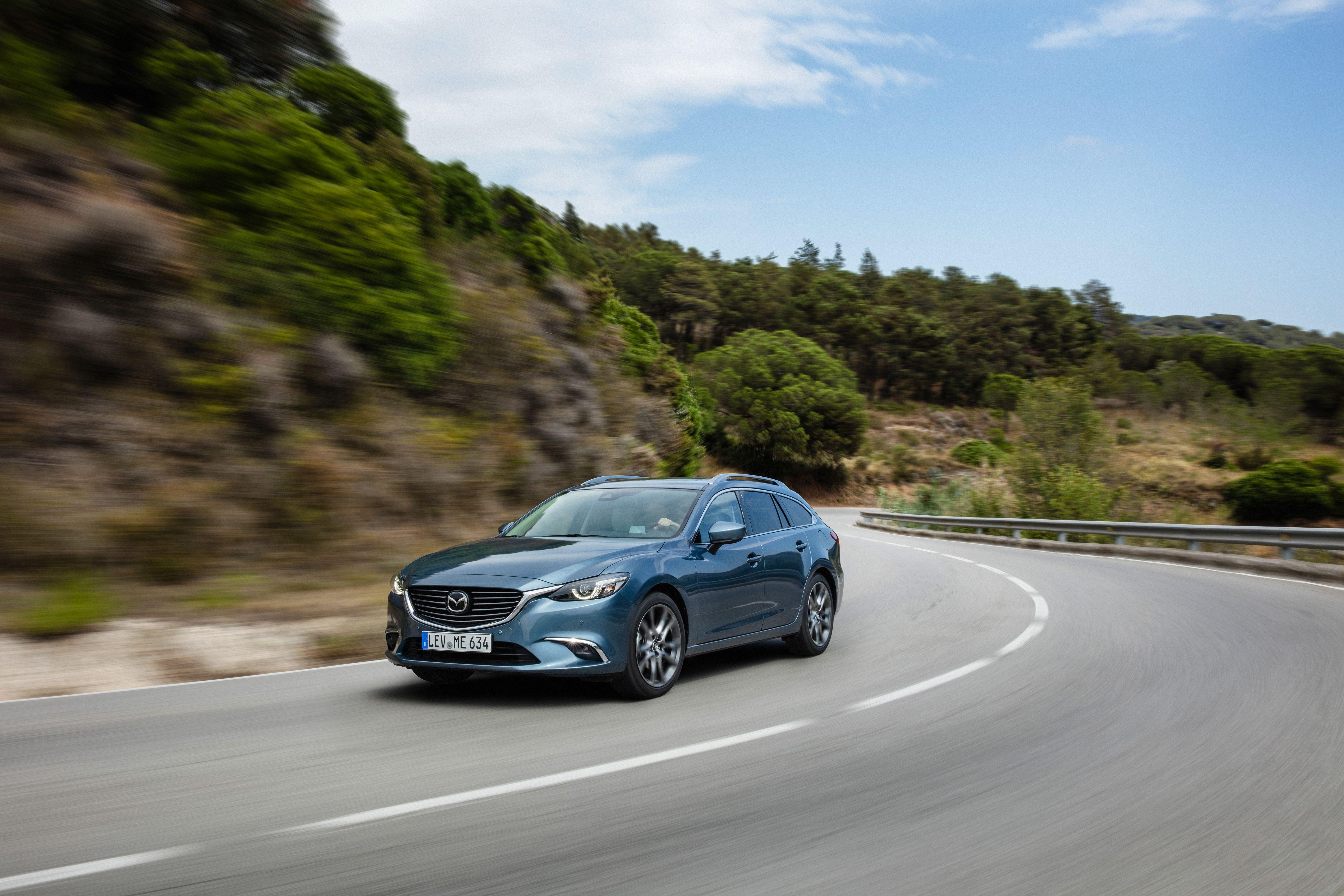 Zo rijdt de Mazda 6 met wat andere technische goed nieuwsdin jes