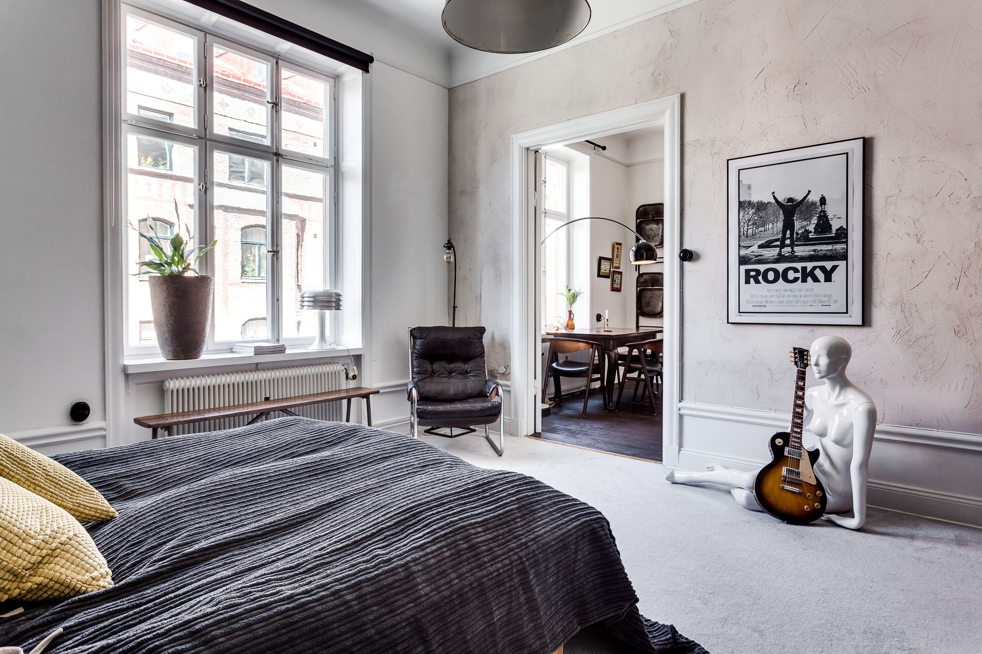 Leuke Slaapkamer Decoraties : In deze vintage slaapkamer vind je hele leuke en inspirerende