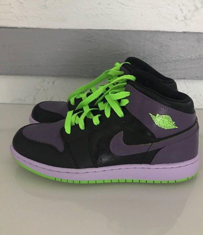b8933deab21f7 Nike Air Jordan Retro 1