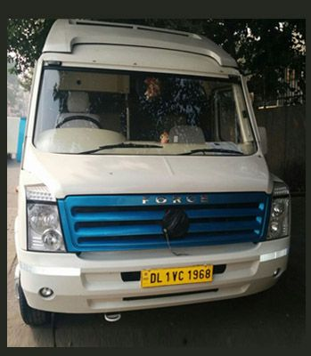 17 seater tempo traveller has much free space for luggage and also available ample space for leg relief with each seats. Prachi Holidays Provide Luxury 17+1 Seater Tempo Travellers for Delhi and Outstation Tours in your budget, we believe in better service in client budget.