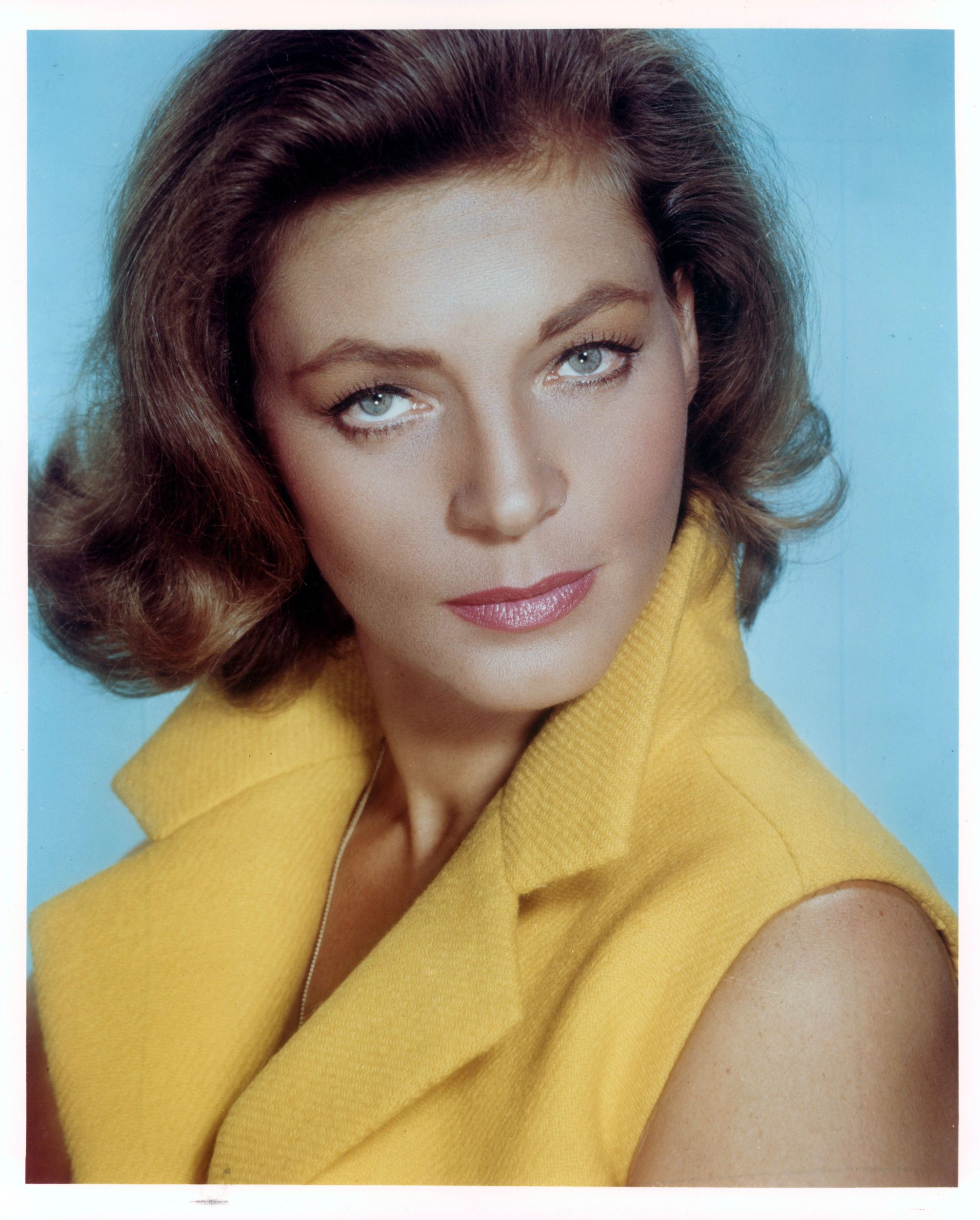 Lauren Bacall Sultry Voiced Actress Dead At 89 Lauren Bacall