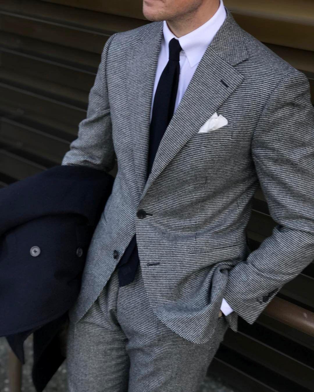 Flannel formal dress  Mr Derek Bleazard Grey houndstooth flannel suit White tab collar