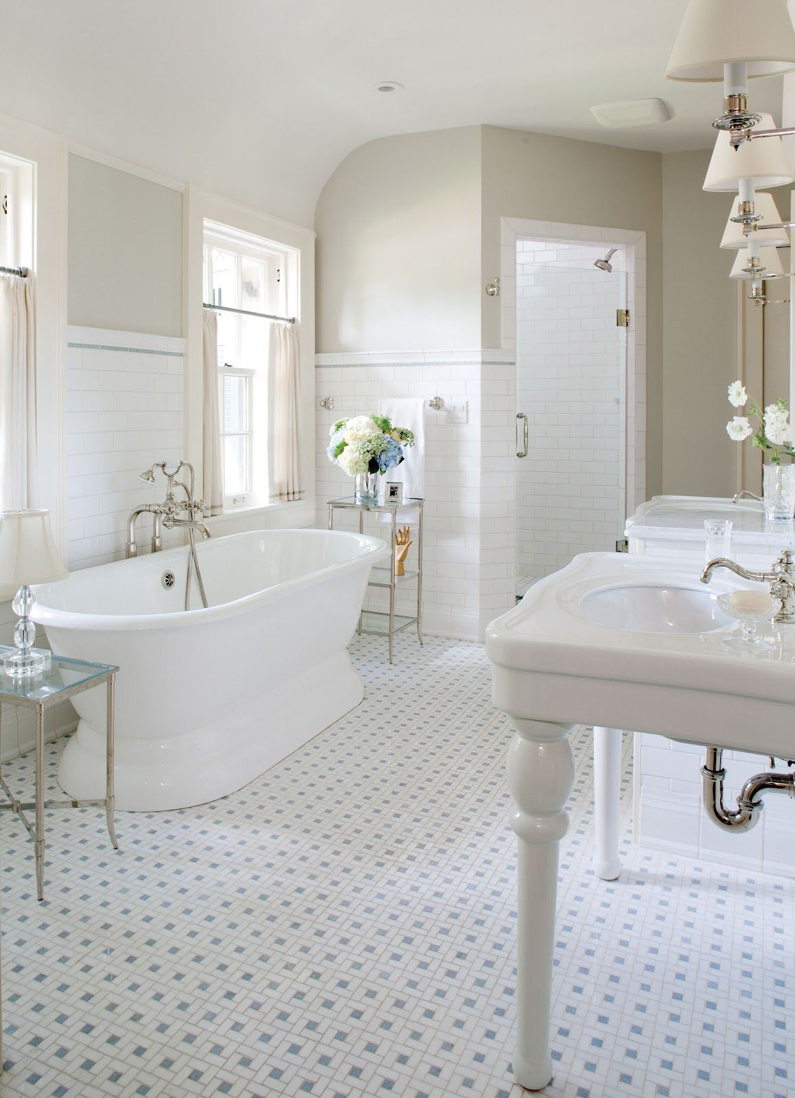 white and color of paint | Bathrooms | Pinterest | Dream bathrooms ...