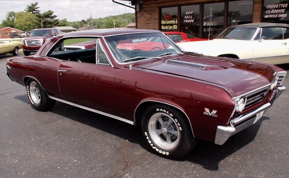 Muscle Cars Trucks and Motorcycles Garage : Photo | Muscle Cars ...