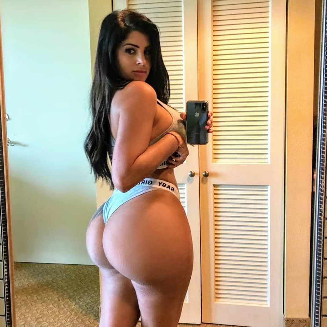 Ass Holly Henderson nude (82 foto and video), Topless, Is a cute, Twitter, butt 2020