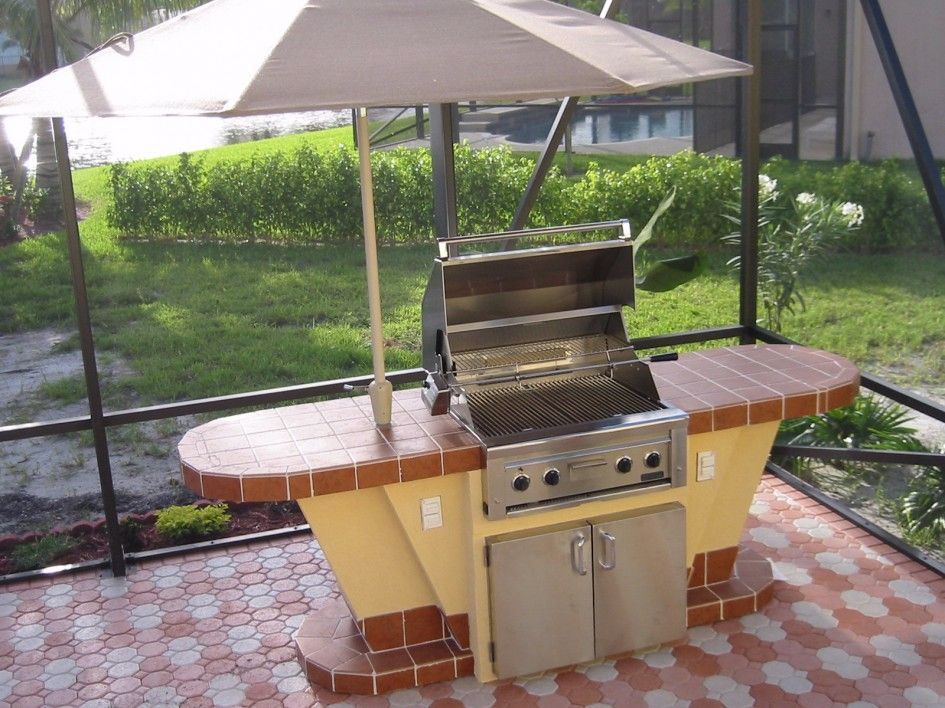 Outstanding outdoor kitchen san antonio texas with built for Built in outdoor grill plans