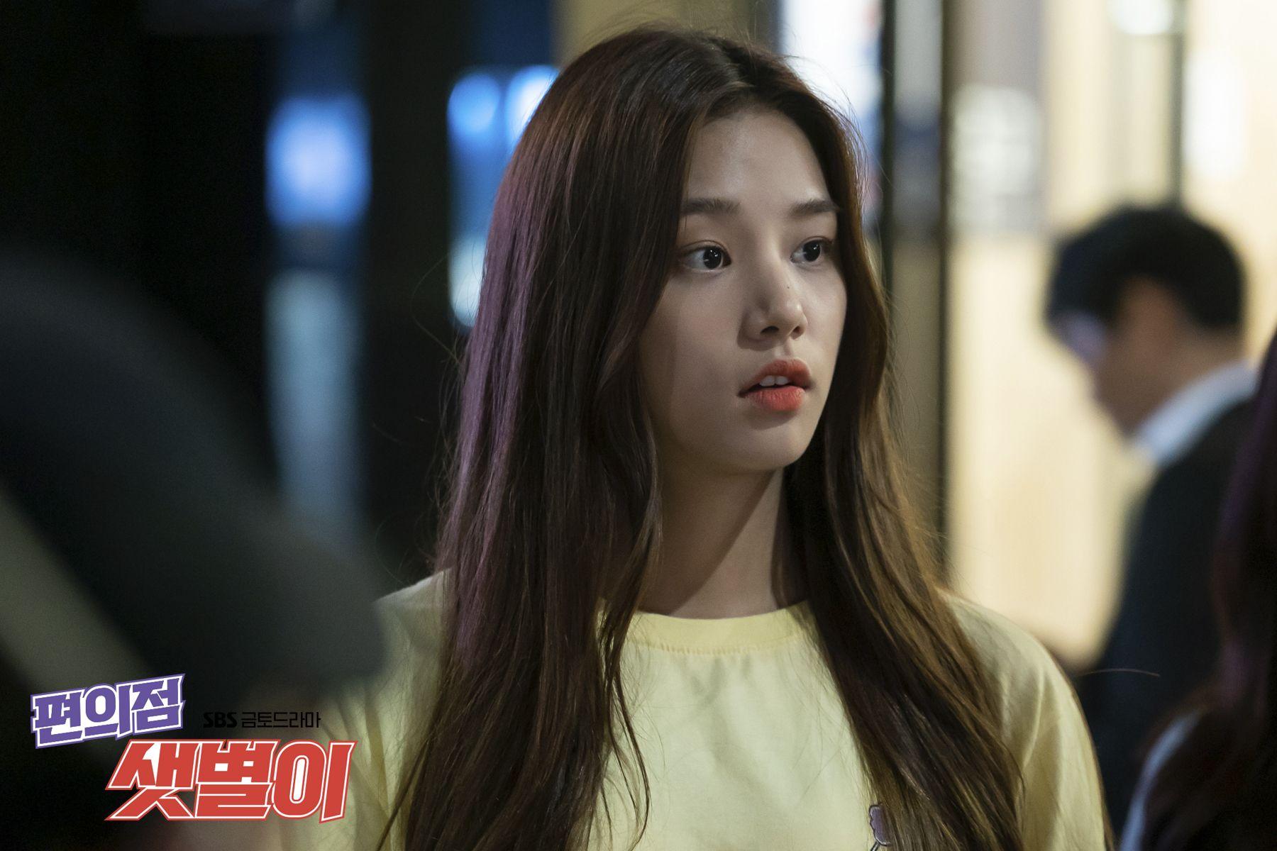 편의점 샛별이 : 비하인드 포토 : 김유정X서예화X윤수, 삼총사의 찐 우정 응원해♥ : SBS | Scene image, Korean  drama, Behind the scenes