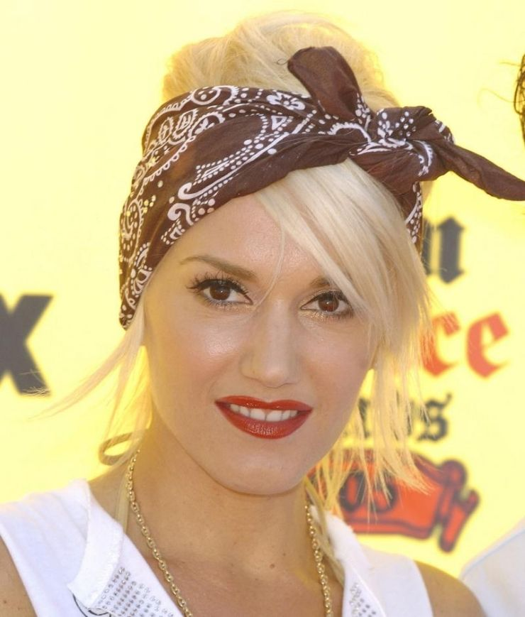 Rockabilly Hairstyle For Women A Meeting Of Retro And Rock Rockabilly Hair Roll Hairstyle Bandana Hairstyles