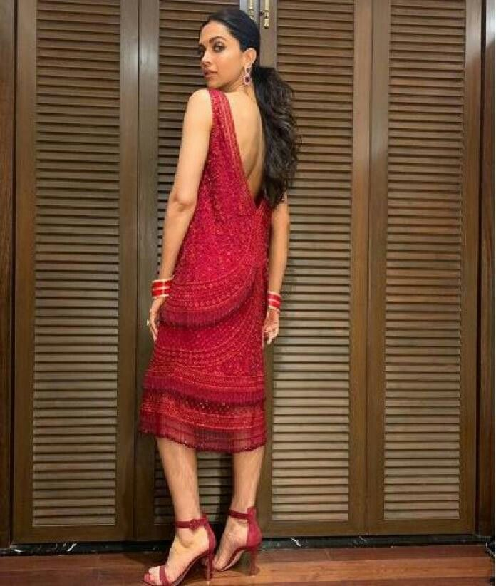Red beauty Deepika padukone at Kid's choice award ...