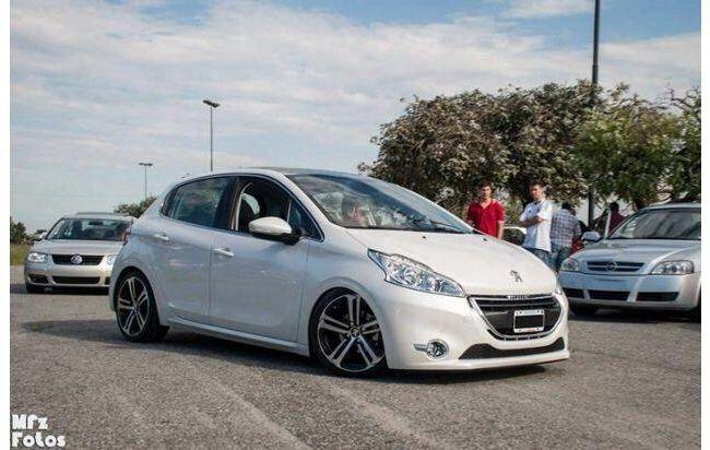 Peugeot 208 Autos Y Motos Autos