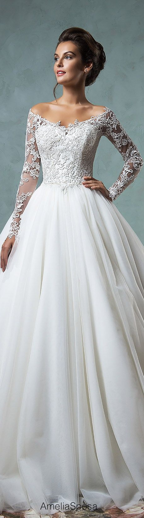 36 lace wedding dresses that you will absolutely love for Fairytale inspired wedding dresses