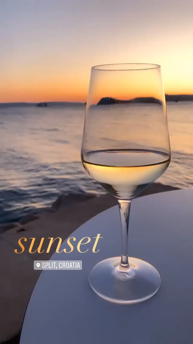 IG Story Ideas | Post a beautiful sunset insta story! Use the Instagram story text ombre effect as an edit on a beautiful sunset photo. Add the location sticker and you're done! Follow this board for more Instagram stories ideas. Sunset location: Split, Croatia #instagramstory #igstory #instagram #insta