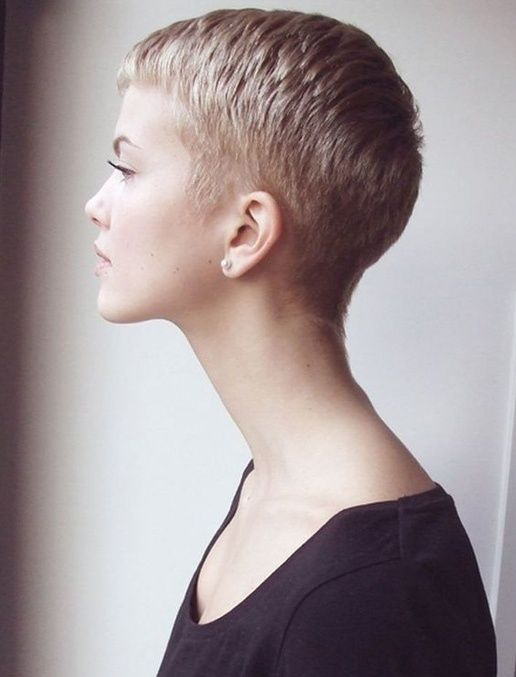 Short Female Hairstyles - http://www.chicdecorations.com/hairstyles ...