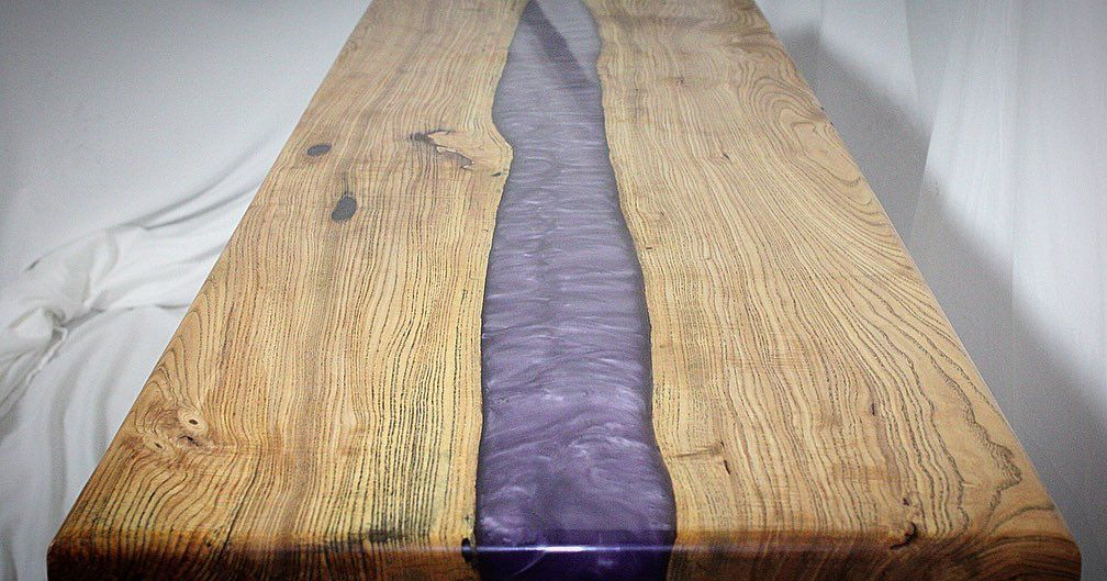Which Side Of The Wood Are You On?!?! Chiefs on the right & 49ers on the left! Enjoy #SuperBowlLIV  OP: Dark Purple #ecopoxy river, poured on Silver Maple slab. Finished w/ Walnut #rubiomonocoat   #epoxyrivertable #homedecor #customfurniture #wooddesigns #woodworkingofinstagram #logtofurniture #chainsawmilled #granberginternational #diyhomedecor #rubiomonocoatusa #customorder #j2woodwerks    Media Source: #📷 @j2woodwerks