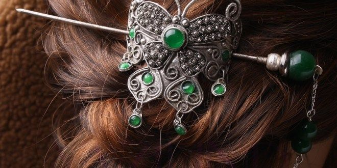 Hair Jewelry: Learn What to Wear in Your Hair - Top Jewelry Brands, Designs & Online Jewellery Stores
