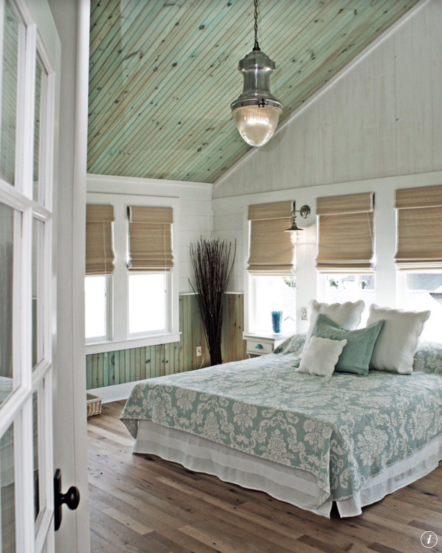 Interesting colour on the ceiling - \'snifter\' green | bedrooms ...