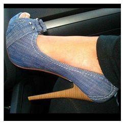 f7e74d11f18 Chic Denim Platform Stiletto Heels with Buckle