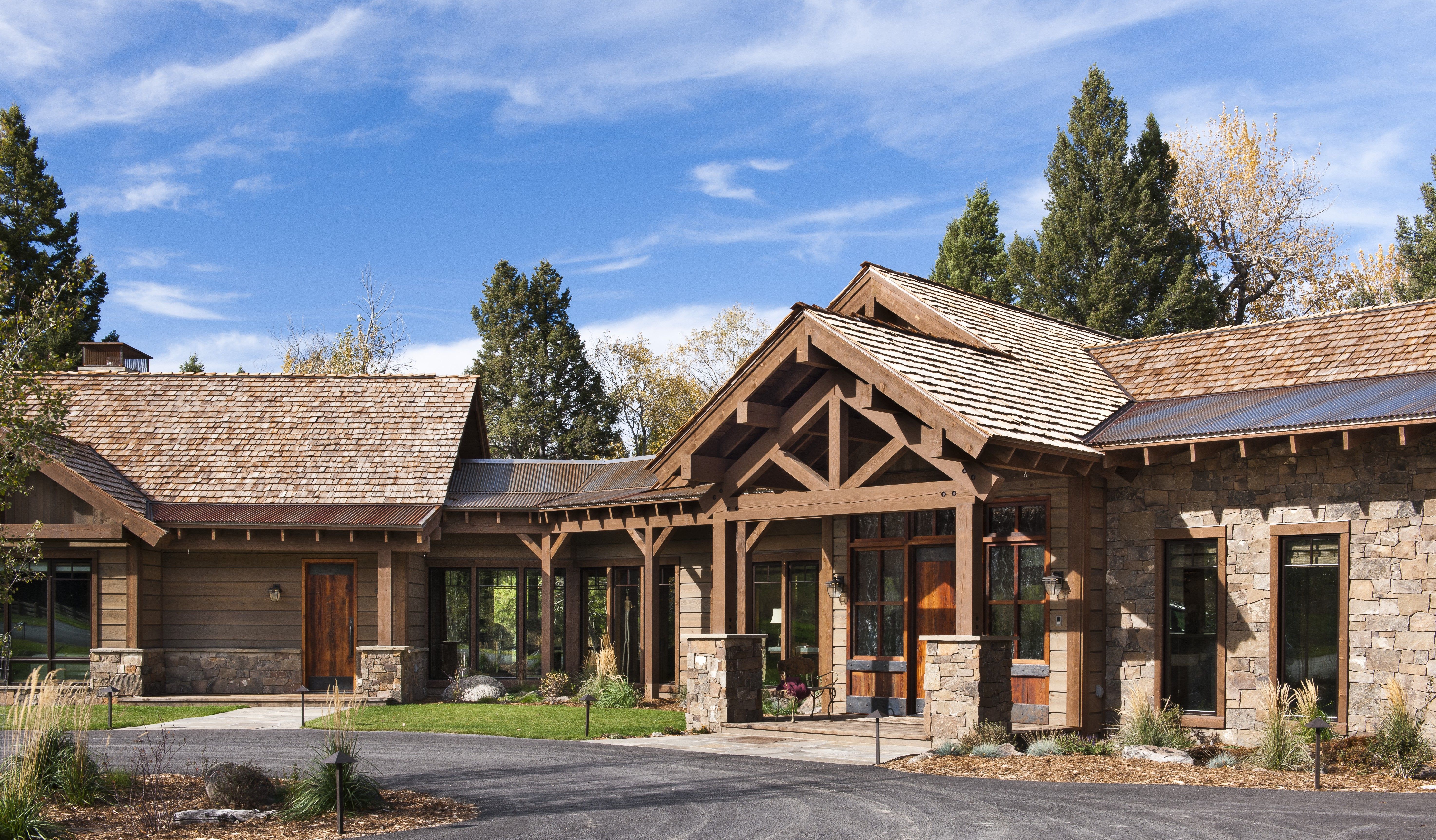 Best Stone Steel And Rustic Prefinished Ranchwood™ Wood Siding And Aquafir™ Beams Rustic Houses 400 x 300