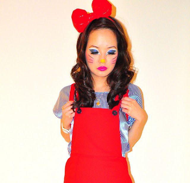hello kitty costume makeup halloween2011 kathleen dinges - Halloween Hello Kitty Costume