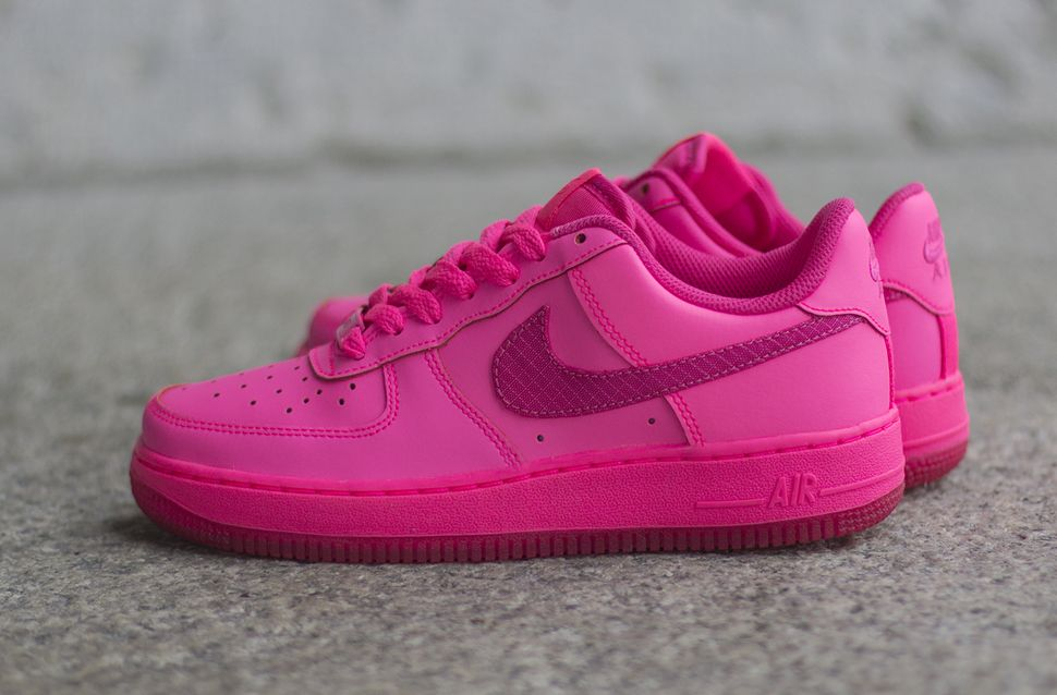 Hyper Pink' Nike Air Force 1 Low GS | SneakerFiles