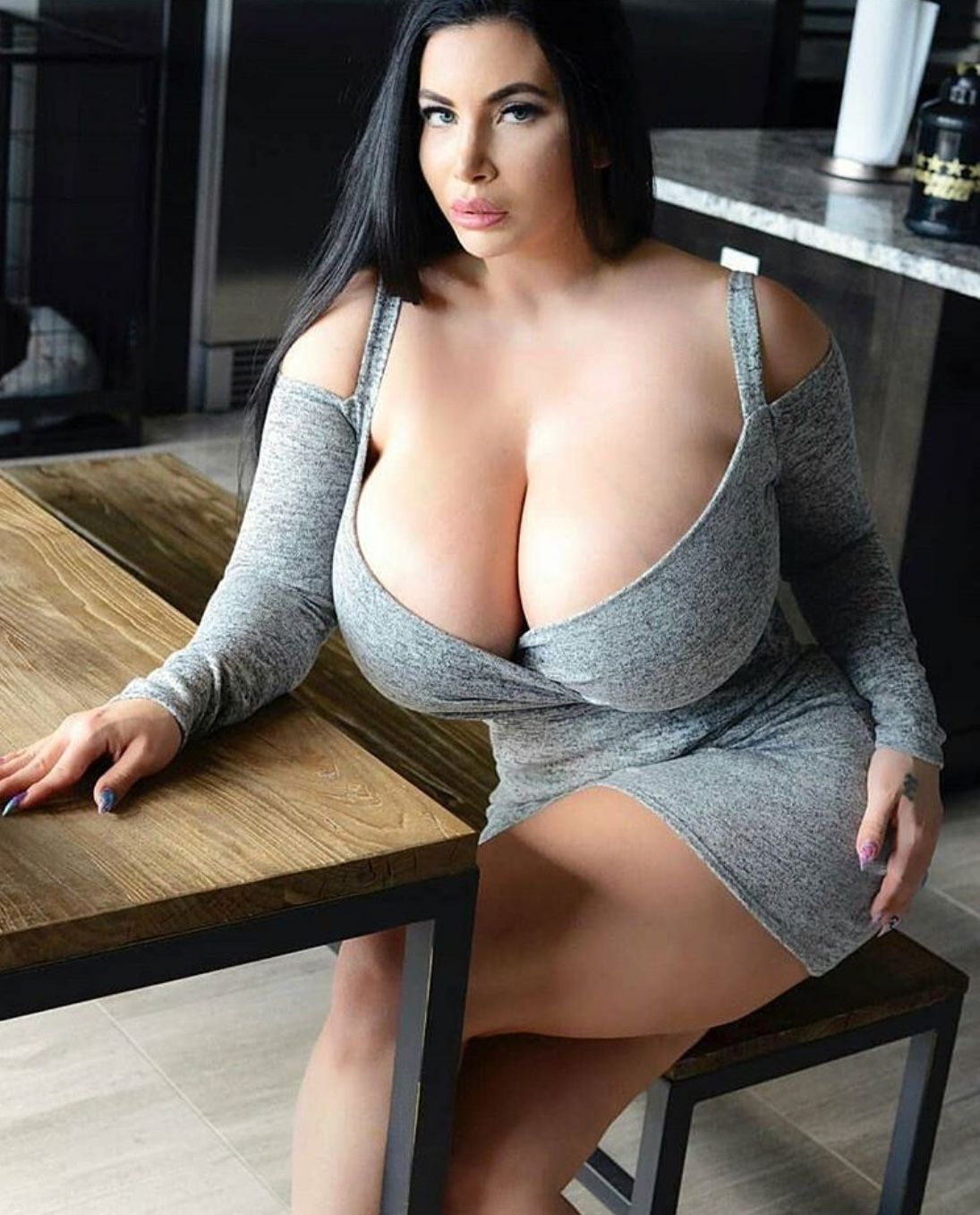 big-boobs-seducing