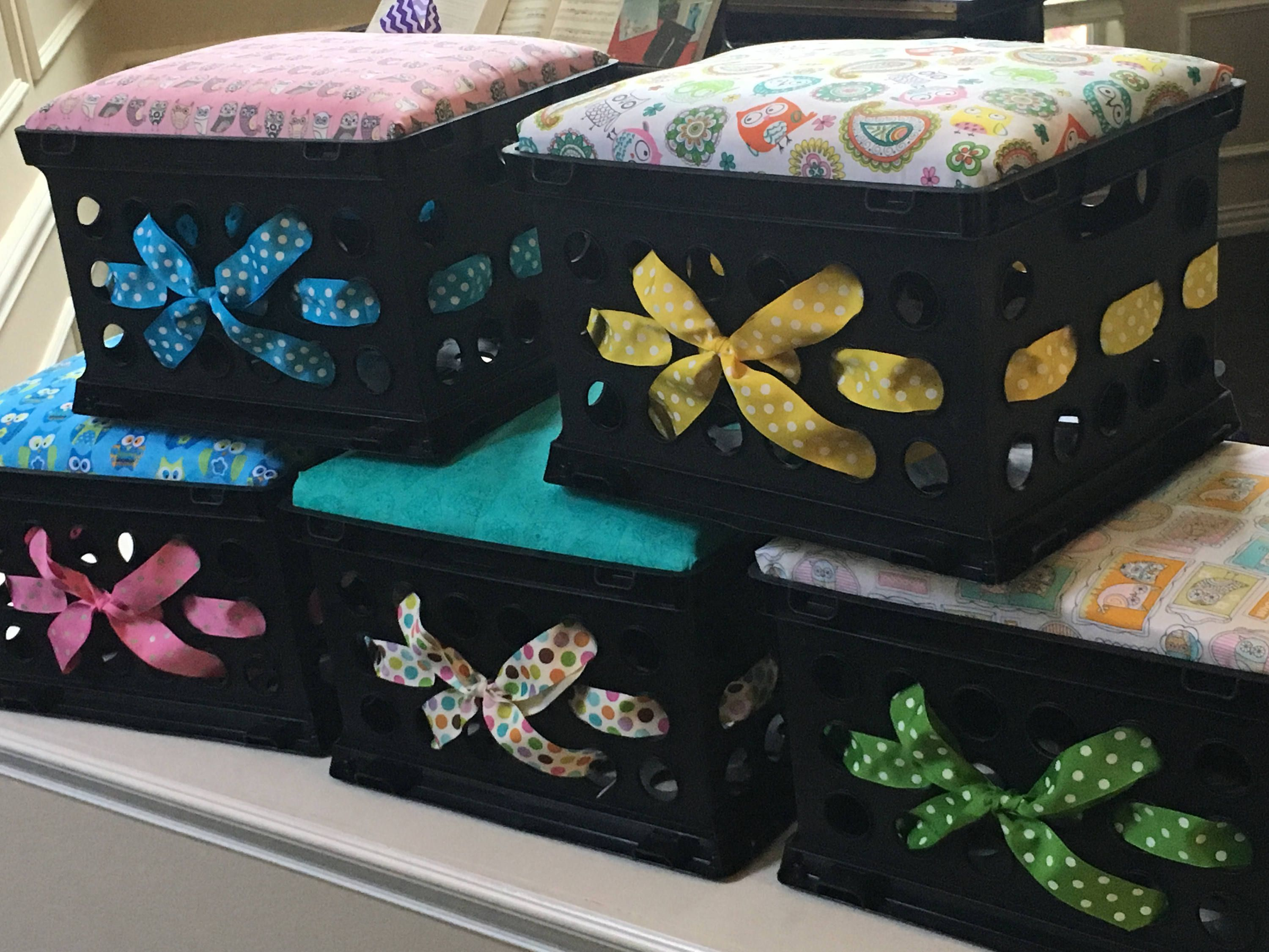 Set Of 5 Crate Seat Cushions Seat Crate Kid Seat Storage Etsy Crate Seats Kids Seating Flexible Seating