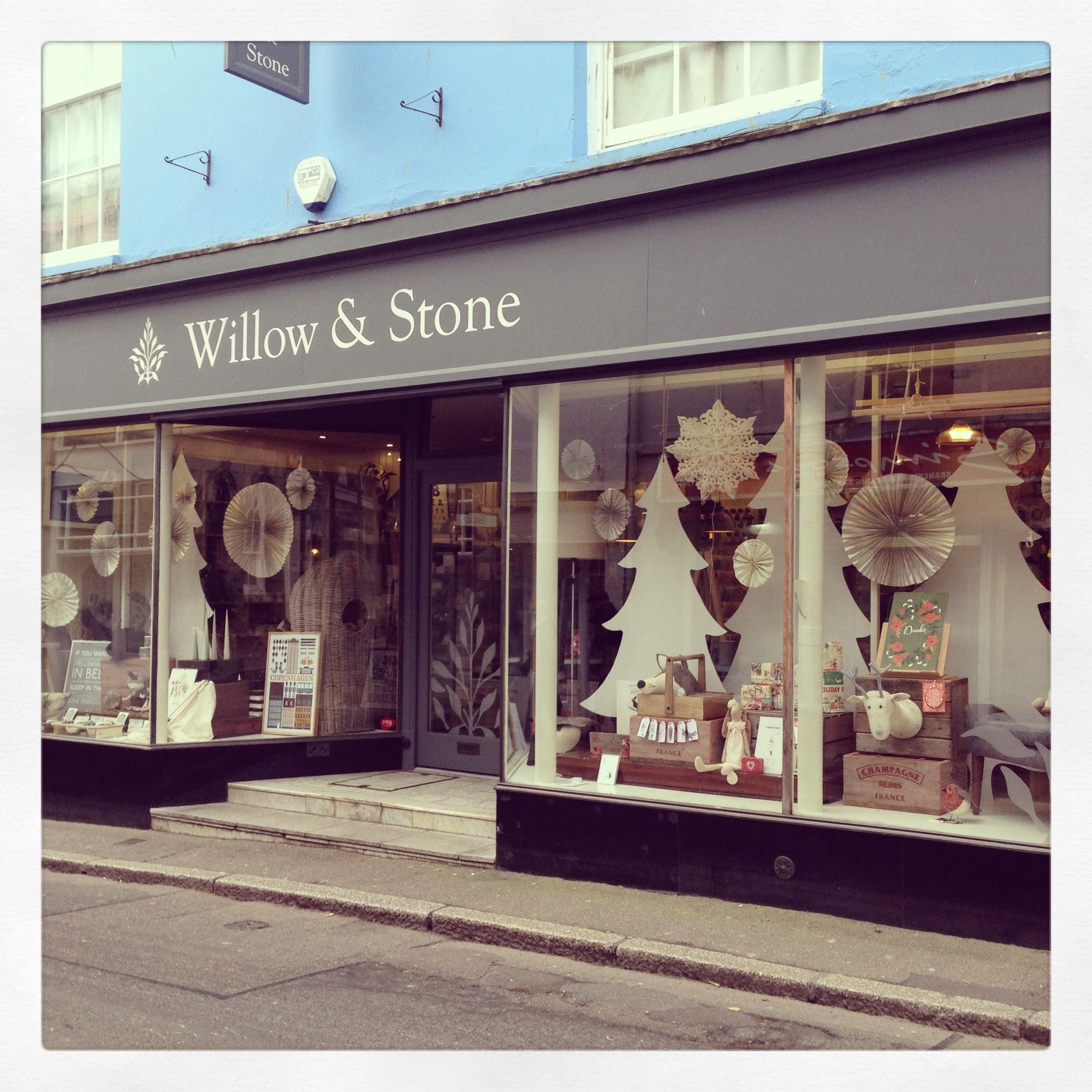 Our Finished Christmas Shop Front! Www.willowandstone.co