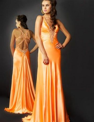 Prom Dresses. Discover your dream prom dress. Check out our incredible selection of prom dresses to make your night an unforgettable one. From floor-length and mermaid gowns to one-shoulder and halter dresses, you'll discover a fantastic frock to stand out on the dance floor.. Choose from a wide variety of styles in vibrant, beautiful colors and combinations, like the strapless look.