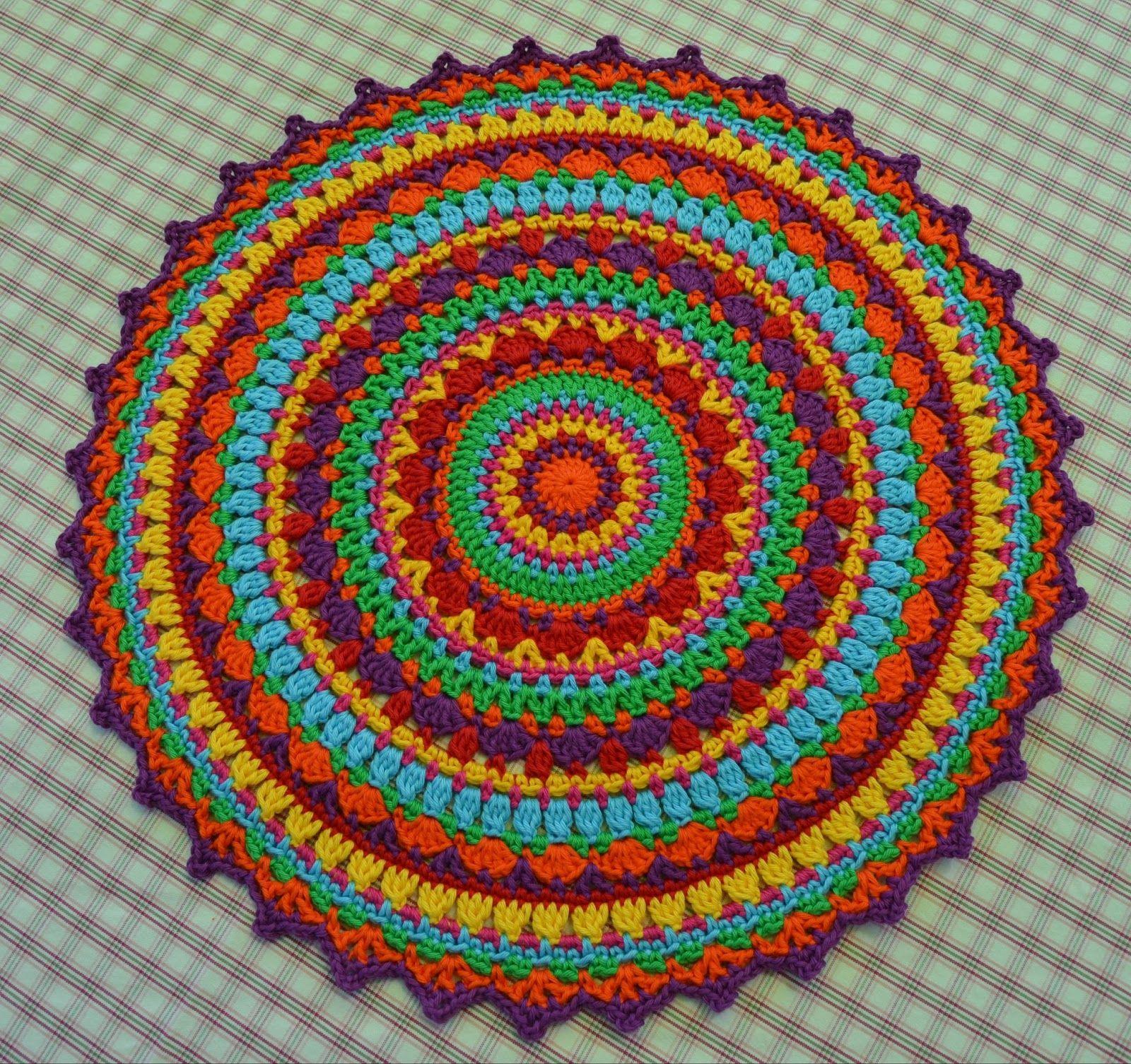 Atelier Marie-Lucienne: Lucienne\'s Summer Mandala Part IV - Teil 4 ...