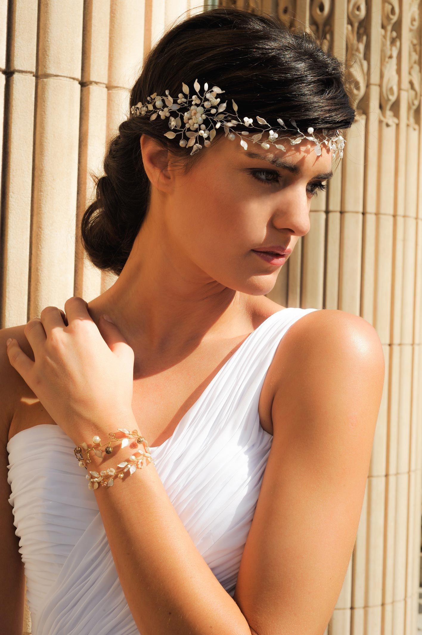 Vestido de novia, estilo romano blanco, escote de un solo hombro ...