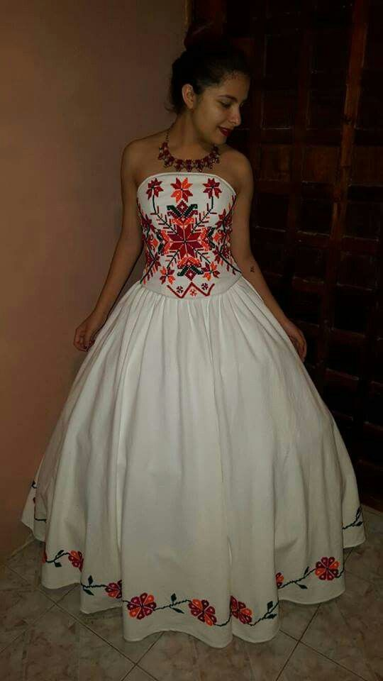 Pin By Ximena Flores On Xv Anos Pinterest Vestidos Mexicanos