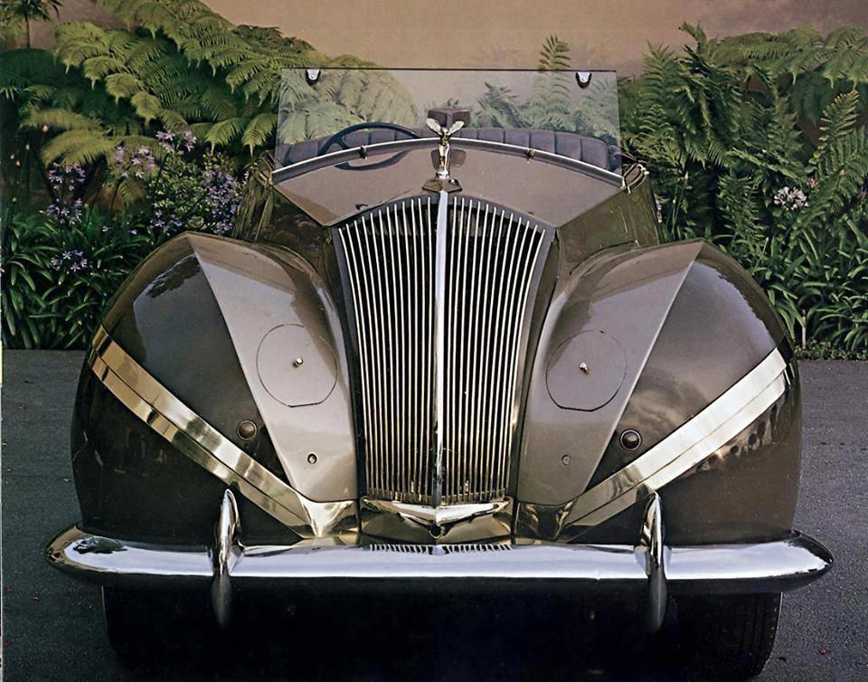 rolls royce classic cars girls #RollsRoyceClassicCars