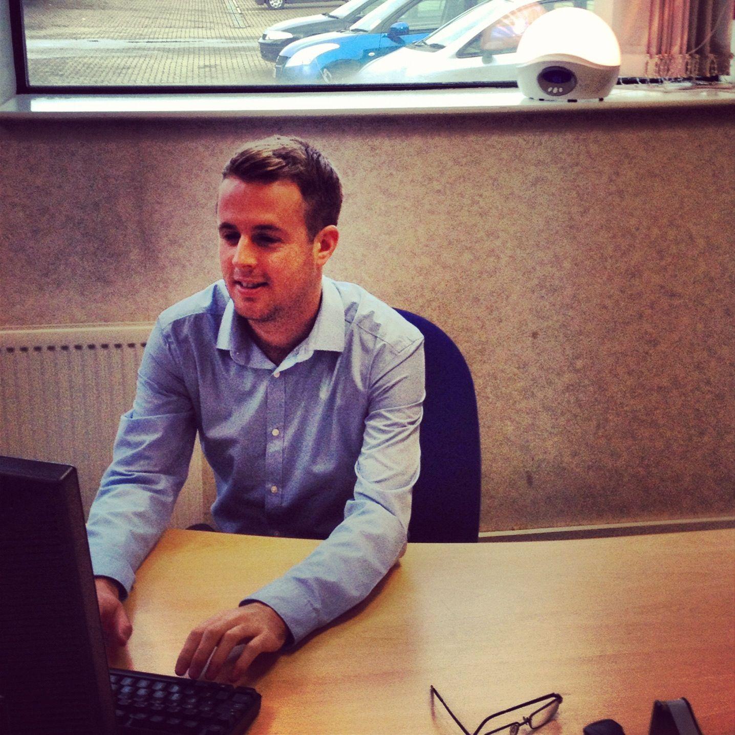 Lumie UK Sales Supervisor, Simon Green Mens tops