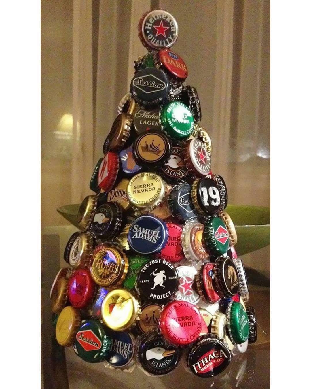 Arvore De Natal Dos Bebuns Feita Com Tampinha De Cerveja