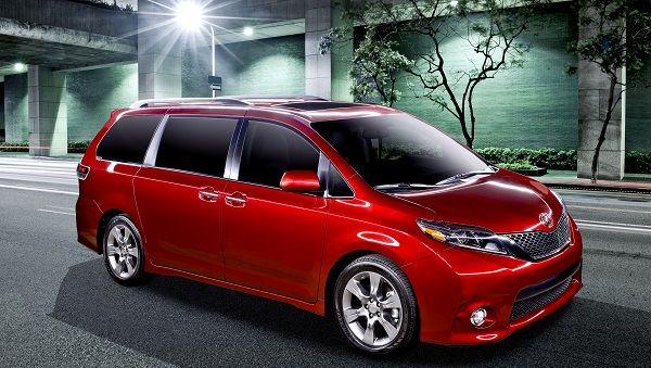 Edmunds and Parents Magazine Name 2016 Toyota Sienna Best Minivan For Families