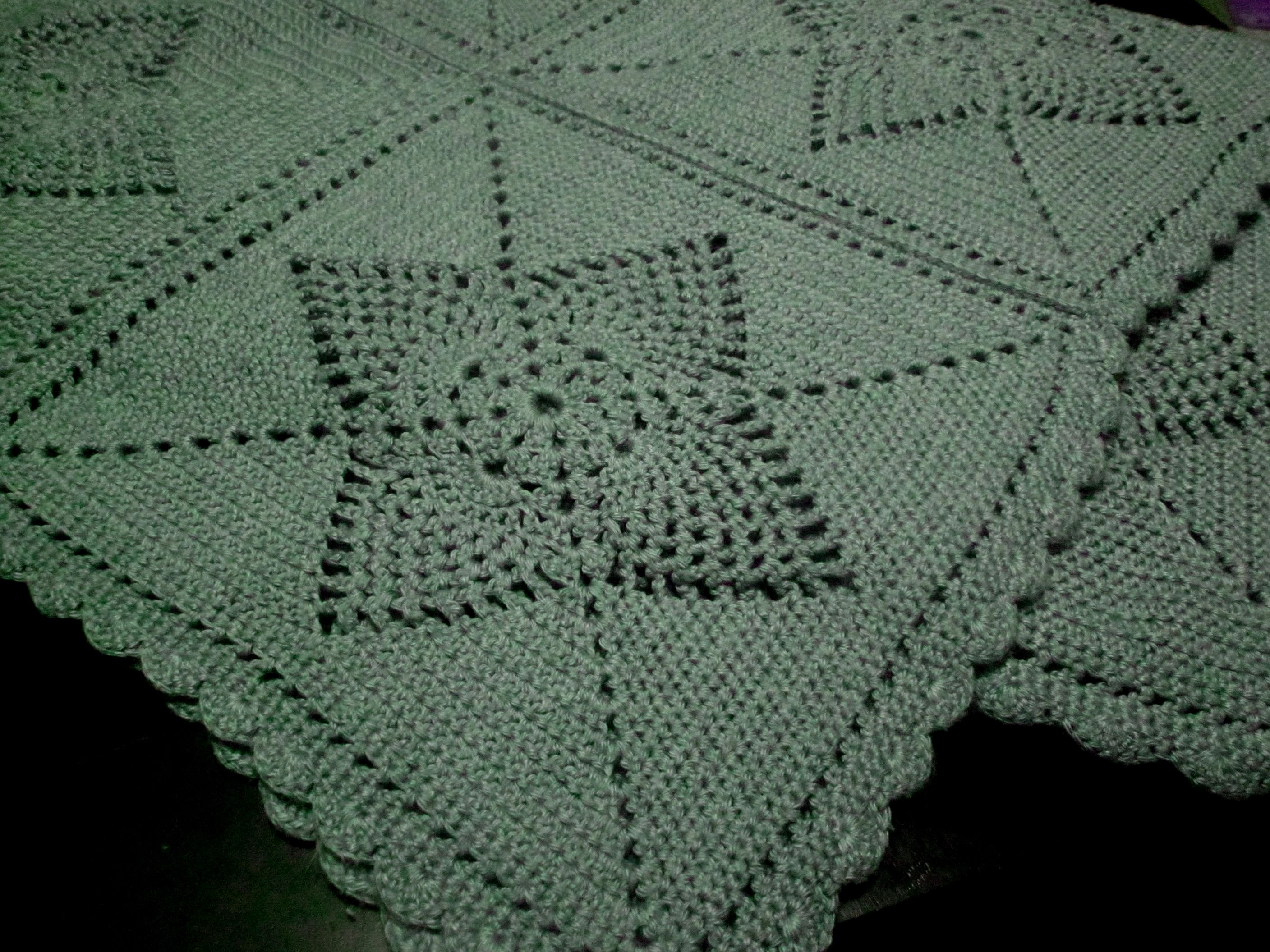 Mom\'s Pineapple crochet afghan January 2013 | Crochet by Me ...