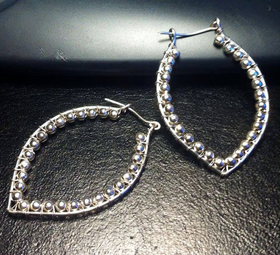 Earrings made with wire technique €20
