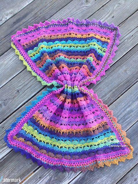 Free Crochet Pattern: Seaside Aurora Borealis Baby Blanket | Aoooo ...