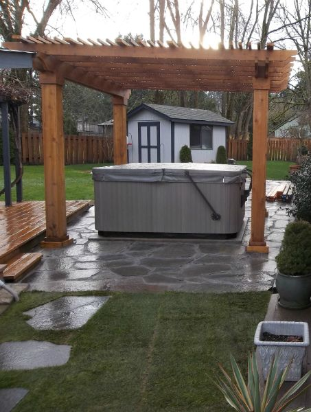 Hot Tub Under Pergola With Sloped Roof Hot Tub Outdoor Pergola