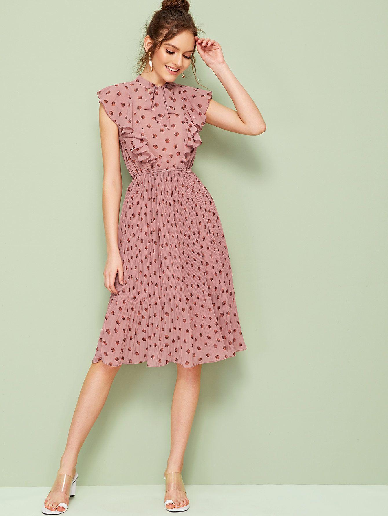 Kleid mit Halsband, Raffung und Plissee  aktuelle Trends, günstig