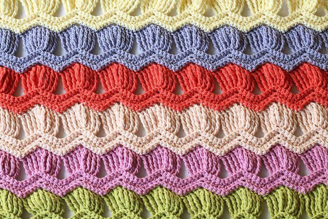 vintage-fan-ripple-crochet-blanket-1.jpg 1080×720 pikseli