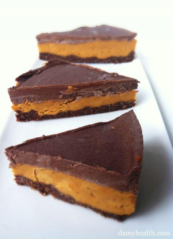 "Peanut Butter Cup ""Cheese""cake * #raw #glutenfree #vegan"