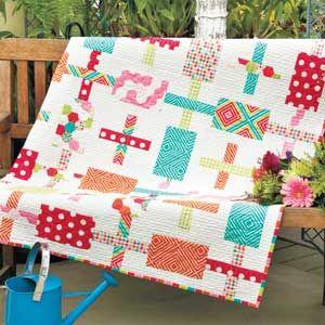 Funfetti: Fat-Quarter-Friendly Simple Modern Quilt Pattern ... : fast fat quarter quilts - Adamdwight.com