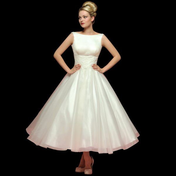 Vintage 40 S Style Wedding Dresses: Tea Length 1950s Style Wedding Dress