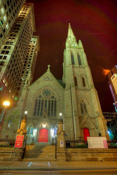 Trinity Church in downtown Pittsburgh, dates back to the Penn's land grants of 1787 the church consists of Trinity Cathedral and Trinity Churchyard.